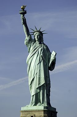 Statue_of_Liberty_-_4621961395