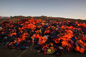 refugees_lesbos_bronstein62-1.jpg
